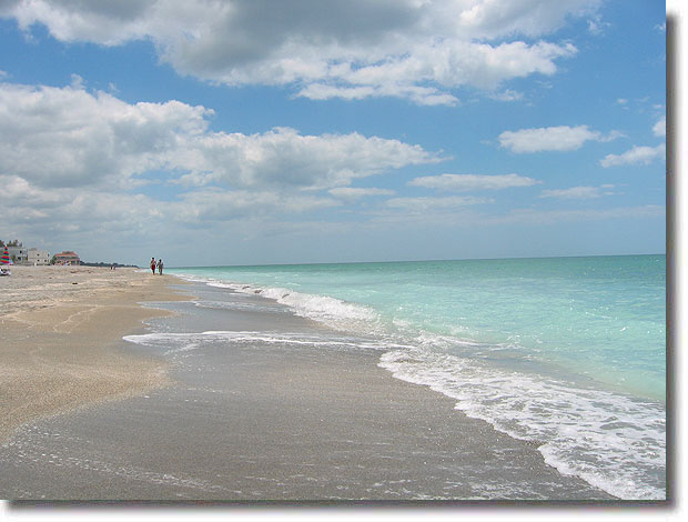 Looking South On Turtle Beach A Quiet Weekday Walk For Miles Siesta Key S